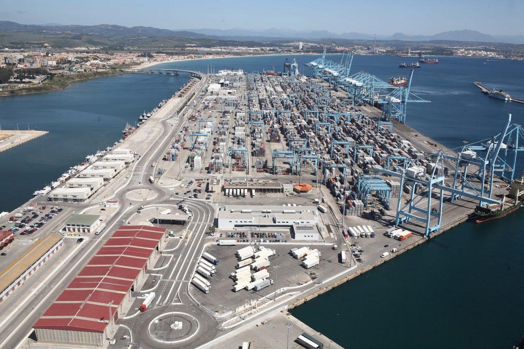 Puerto de Algeciras. Abril 2012. APM y PIF