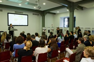 Santiago Alfonso durante presentacion CDC8