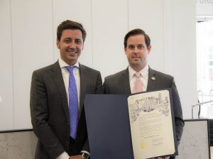 Eduardo Martinez-Cosentino CEO Cosentino USA y Chris-Brown
