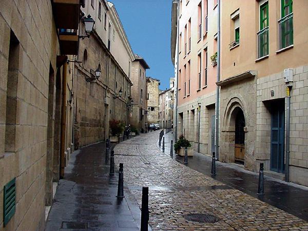 Calle Ruavieja, ubicada en el Casco Antiguo de Logroño (La Rioja-España