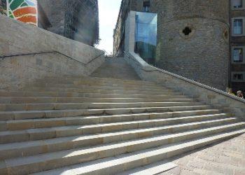 escaleras vitoria-taller de canteria olnasa