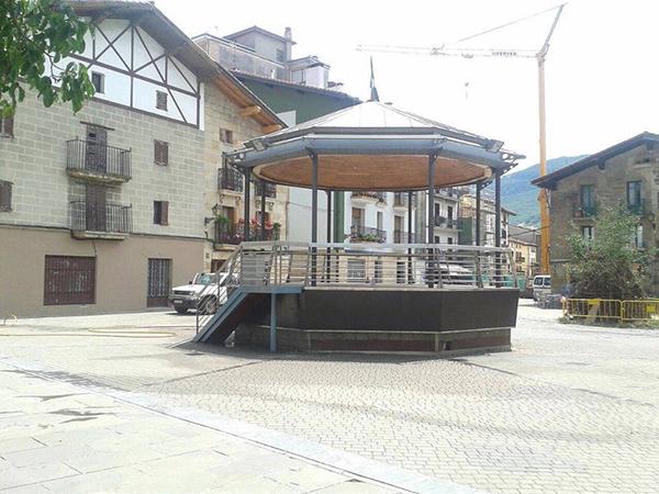 plaza de los fueros-alsasua