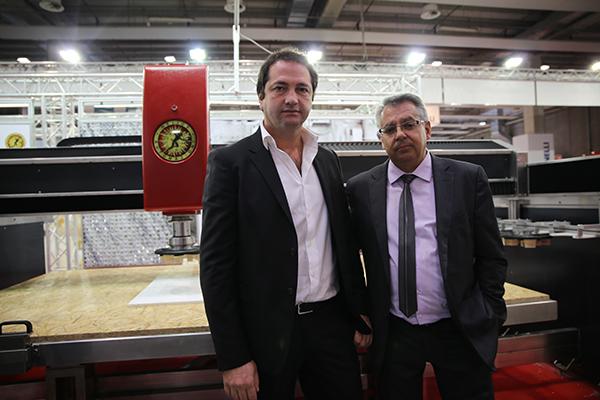A la izquierda  Antonio Fontana, director general de Helios Automazioni y Manuel Lerma, distribuidor en España de la firma.