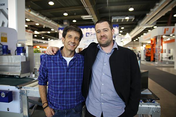 A la izquierda Juan Luis Muruamendiaraz  encargado de la asisitencia técnica de Montresor y a la derecha Xabier Aldanondo, distribuidor de Montresor España.