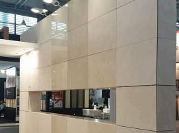 facade-saint-raphael-dore-marmomacc-wall2