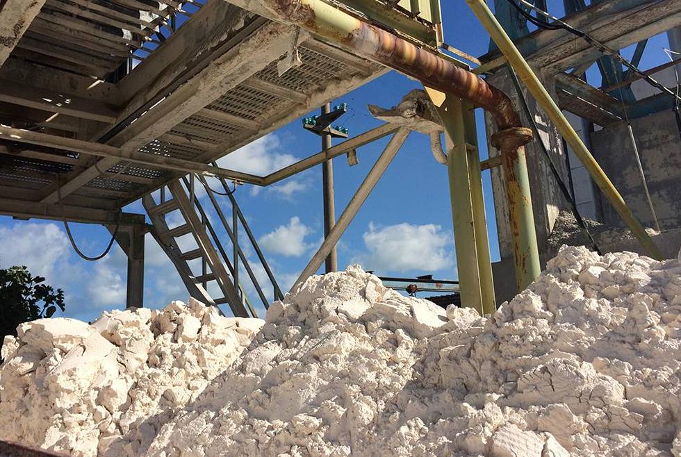 Trip propone el reciclaje de lodos de la piedra natural - Como colocar piedra natural ...
