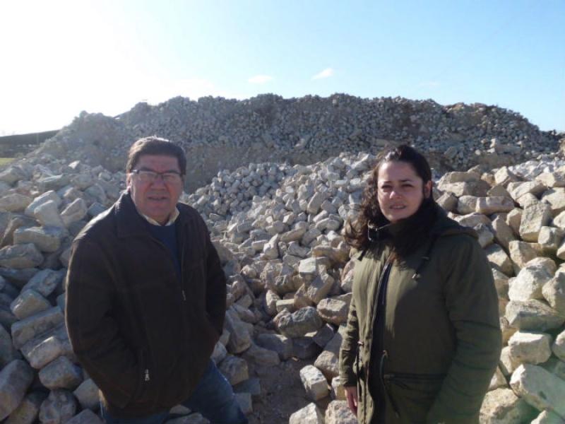 La localidad de trigueros adquiere 980 metros c bicos de - Adoquines de granito ...