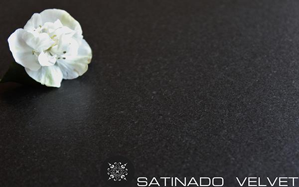 SATINADO VELVET.PREMIUM BLACK