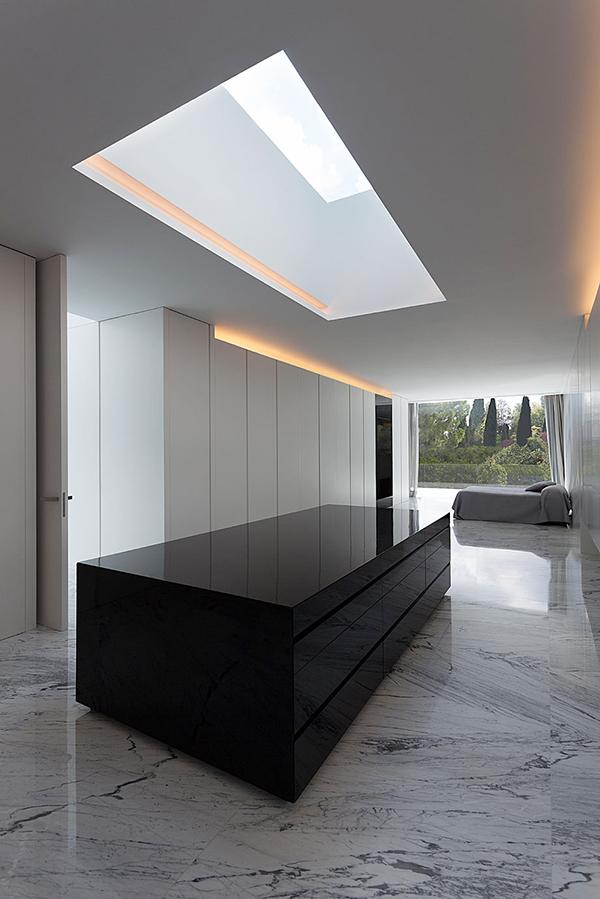 casa-aluminio-fran-silvestre-arquitectos-13