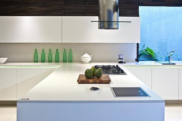 Silestone apuesta por el inmortal color blanco para encimeras - Encimeras de cocina silestone colores ...