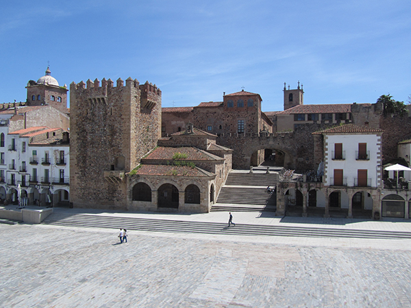 plaza mayor caceres