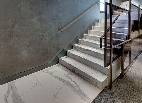 escaleras neolith-hotel emperatriz