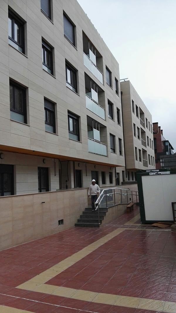 fachada ventilada crema moka Zamar