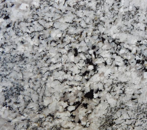 granito brasileño blizzard