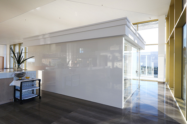 Wall-cladding-dining-room-_-Hipotels-5_-_-Dekton-Halo-2