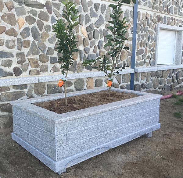 jardinera granitos tena
