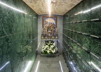 Columbario-habilitado-cripta-nave-epistola