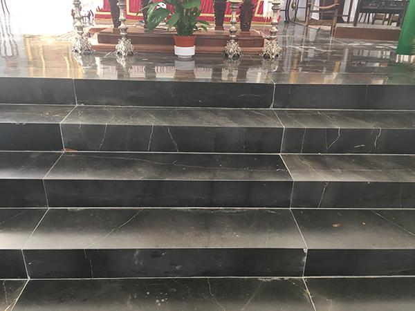 Escaleras altar mayor