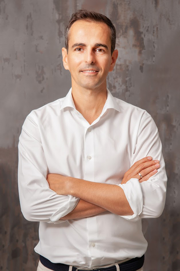 Miguel Sierra_Fondo Dekton Trilium