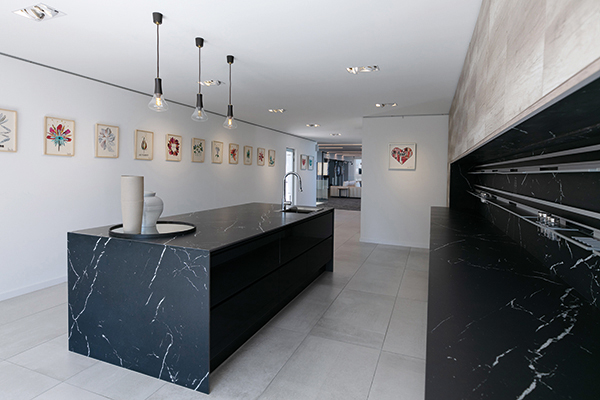 Neolith0823