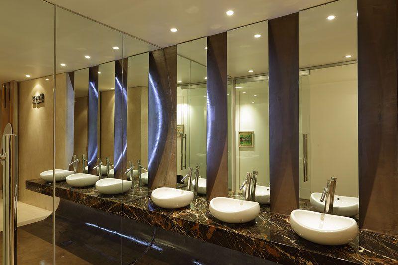 Baño-en-restaurante-4