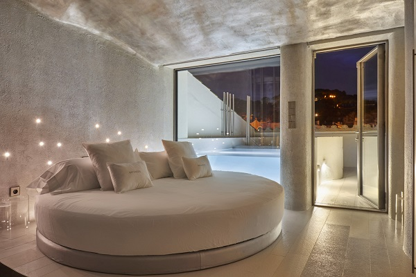 Neolith-hotel-Llevnt-19