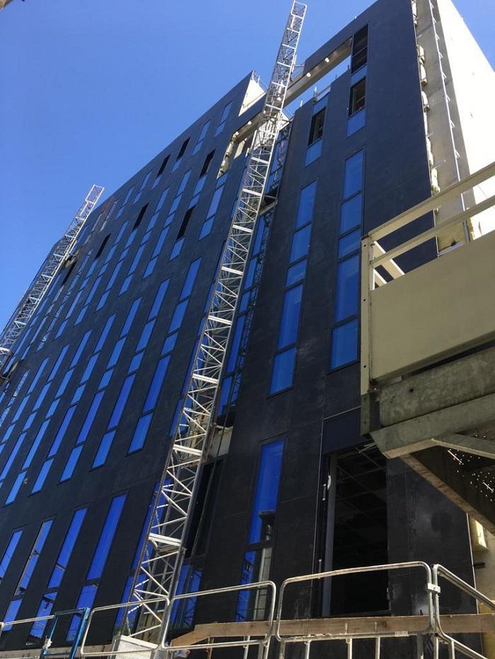 fachada negro angola-levantina