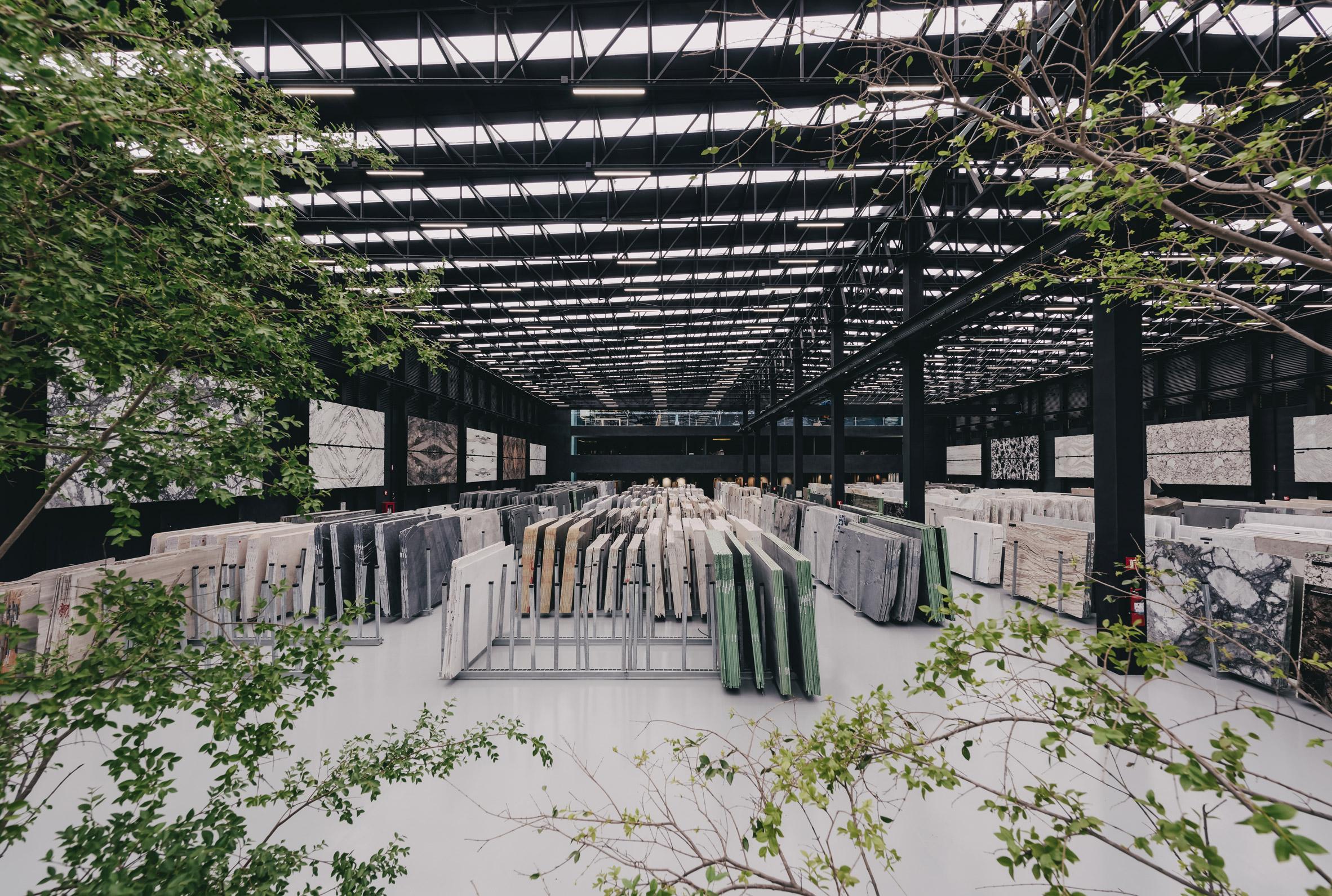 grupo-arca-showroom-store-cultural-centre-esrawe-studio-guadalajara-mexico_dezeen_2364_col_27