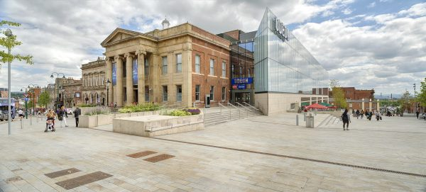 oldham-town-hall-13198