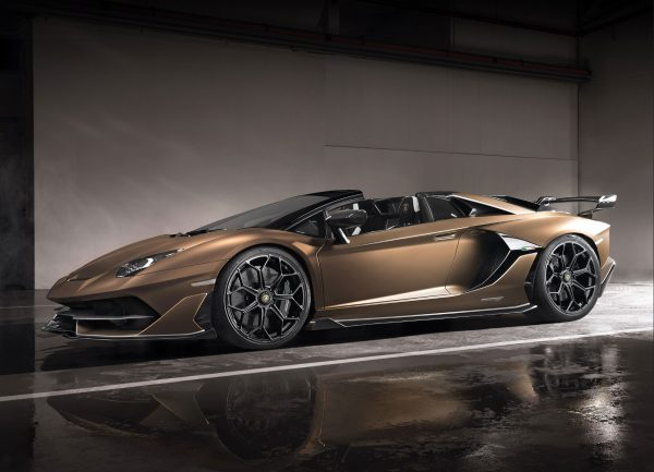 Automobili-Lamborghini-Surfaces_03