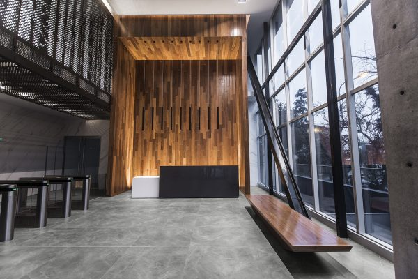 INALCO-STORM-GRIS-NATURAL-SUELO-LOBBY-007