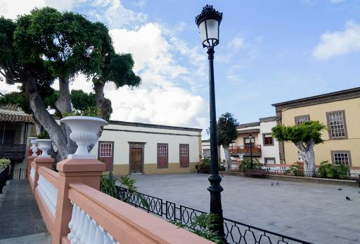 plaza grande Guia