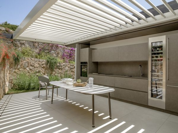 7-Private-House-Outdoor-Kitchen