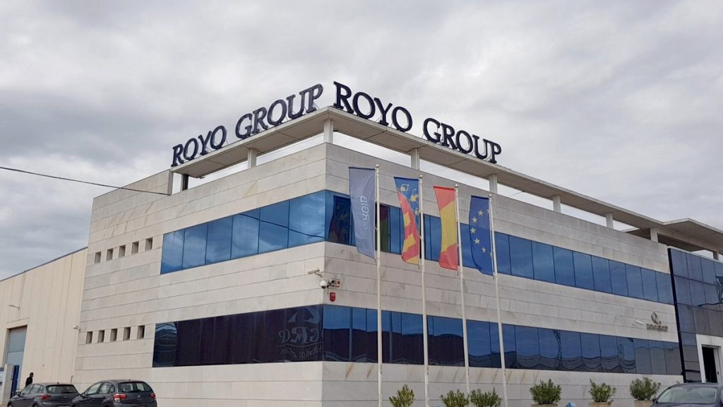Sede-corporativa-de-Royo-Group-male