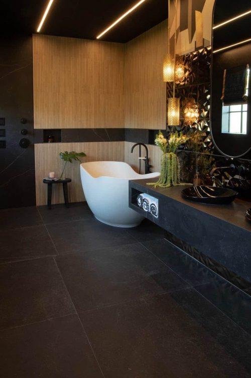 Primary_Bathroom_Kelya_Nicole White Designs-1