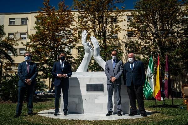2021_05_17-monumento-homenaje-a-los-profesionales-que-desarrollaron-su-labor-durante-la-crisis-del-covid-19_51185008971_o