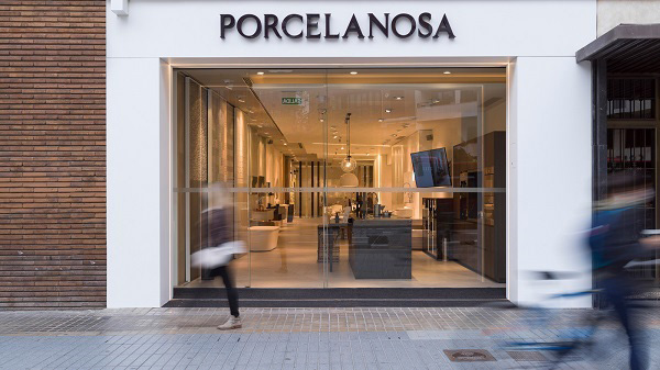 Apertura-Porcelanosa-Colon-1